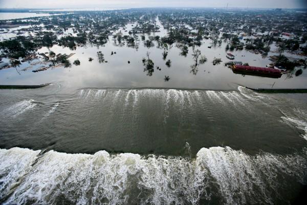 La Nouvelle-Orléans, Louisiane, août 2005, après le passage de l'ouragan Katrina - crédits : Vincent Laforet, New York Times/Redux - source : nationalgeographic.fr