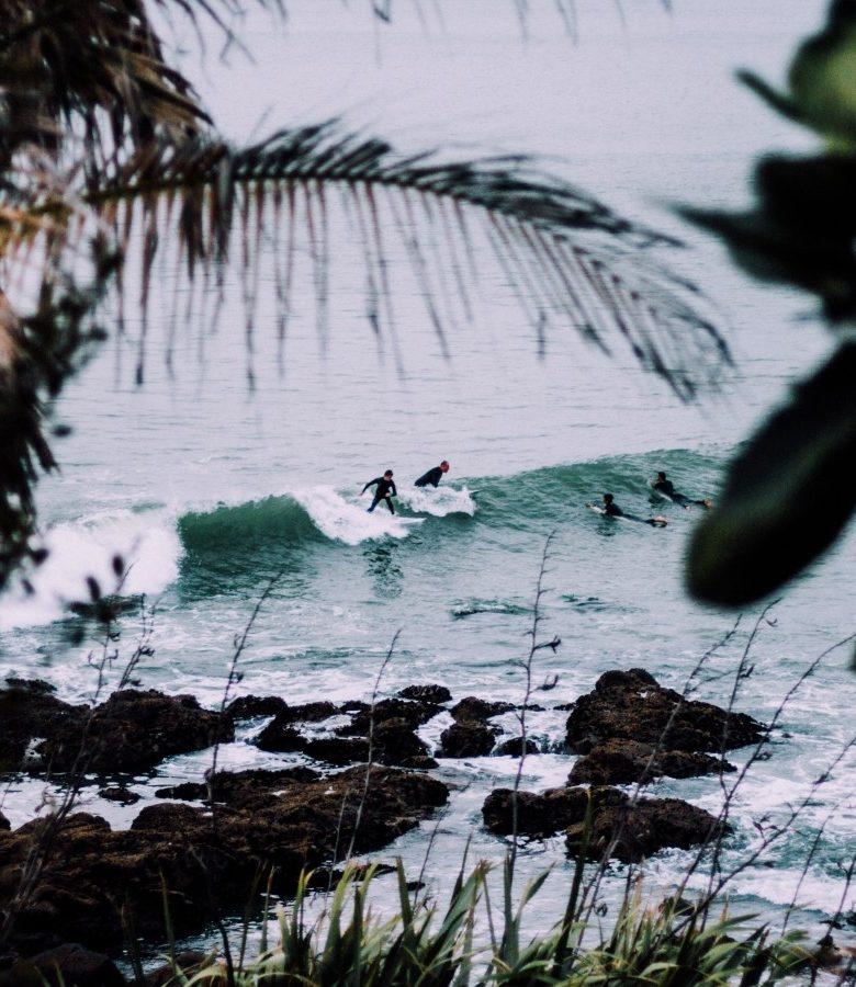 surf-water-surfer