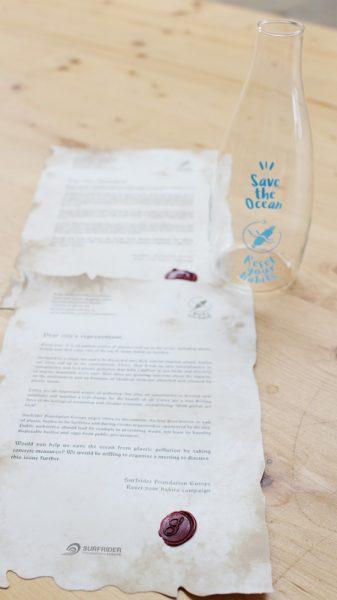 message et bouteille en verre
