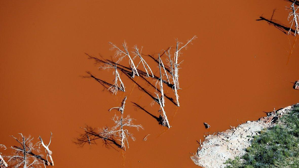 boues rouges méditerranée